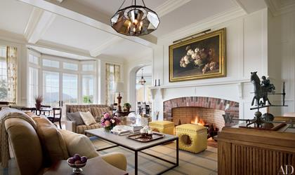 Shingle Estate on the Hudson - livingroom, fireplace